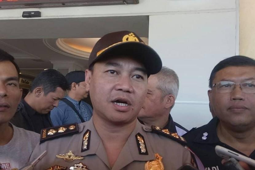 Empat Polisi Terbakar Dirujuk ke RS di Jakarta dan Bandung - Republika Online