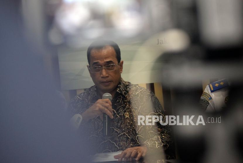 Menteri Perhubungaan Budi Karya Sumadi.