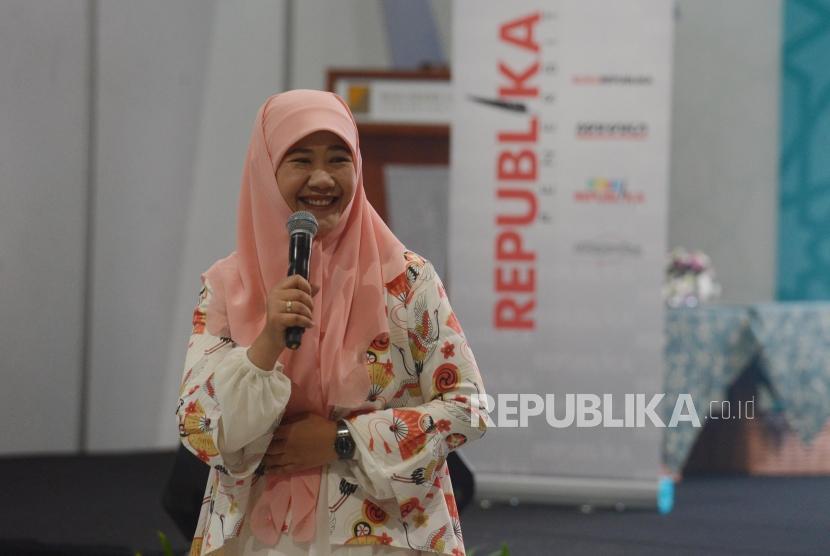 Penulis Asma Nadia