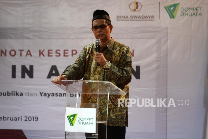 Kerjasama Program Pemberdayaan Ekonomi Rakyat. Ketua Dewan Pembina Dompet Dhuafa Parni Hadi menyampaikan paparan saar acara penandatanganan kerjasama pemberdayaan ekonomi rakyat di Jakarta, Selasa (12/2/2019).