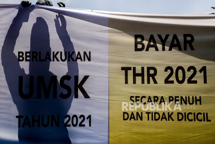 Aksi buruh terkait pembayaran THR (ilustrasi)