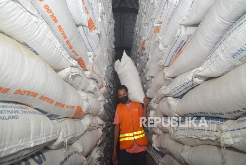 Bulog Jatim Jamin Pasokan Beras Aman Saat Lebaran (ilustrasi).