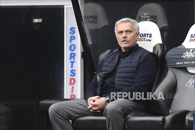 Manajer Tottenham Jose Mourinho