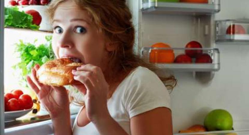 Bolehkah Makan Saat Imsak? Ini Penjelasan Ustaz Abdul Somad