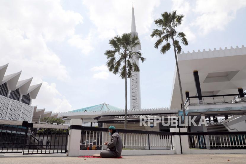 Umat Islam diminta terlibat dalam mewujudkan masjid-masjid ramah lingkungan. Ilustrasi Masjid Nasional Kuala Lumpur.