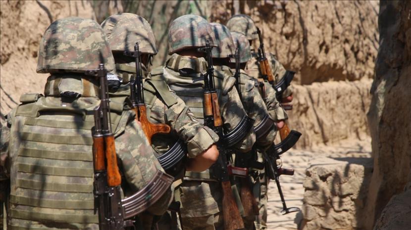 Azerbaijan mengatakan Armenia melanggar perjanjian gencatan senjata.
