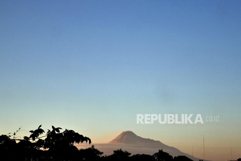 Badan Meteorologi, Klimatologi, dan Geofisika (BMKG) memprakirakan cuaca di berbagai kota besar di Indonesia didominasi cerah berawan pada Selasa (20/7) hari ini. (Foto ilustrasi: Cuaca cerah di Yogyakarta)