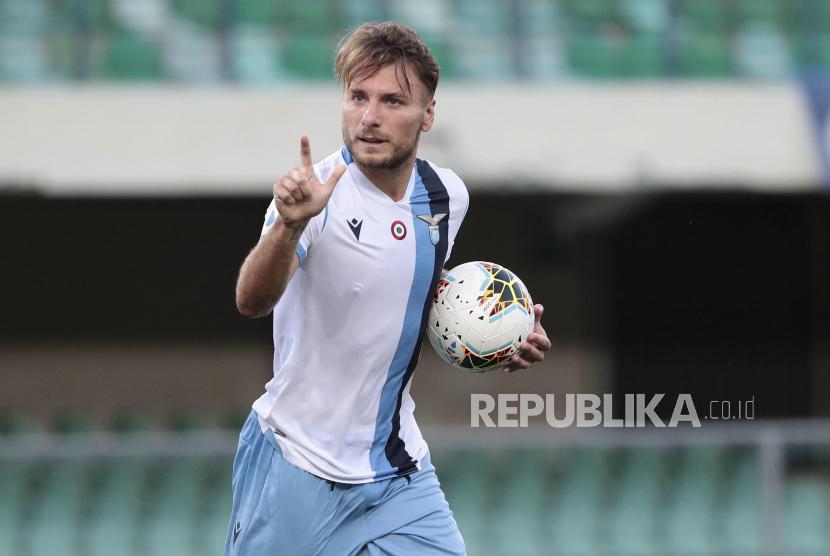 Babak I: Napoli dan Lazio Berbagi Gol 1-1