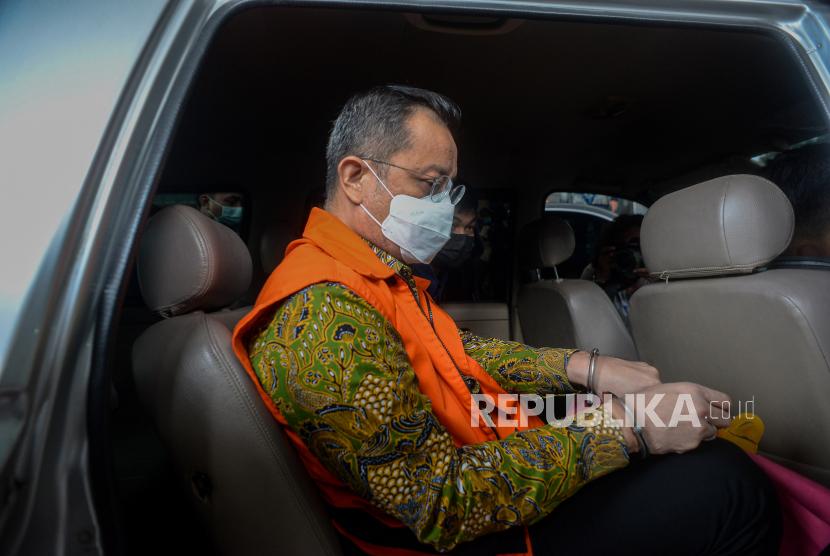 Terdakwa mantan Menteri Sosial Juliari P Batubara
