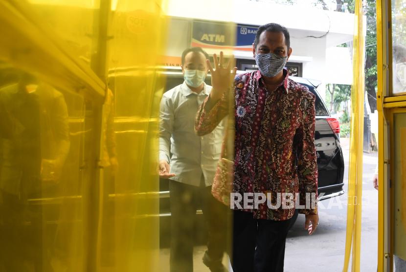 Wakil Ketua Komisi Pemberantasan Korupsi (KPK) Nurul Ghufron tiba di Komnas Ham, Jakarta, Kamis (17/6/2021). Kedatangan pimpinan KPK itu untuk memenuhi panggilan Komnas HAM terkait dugaan pelanggaran HAM pada proses Tes Wawasan Kebangsaan pegawai KPK.