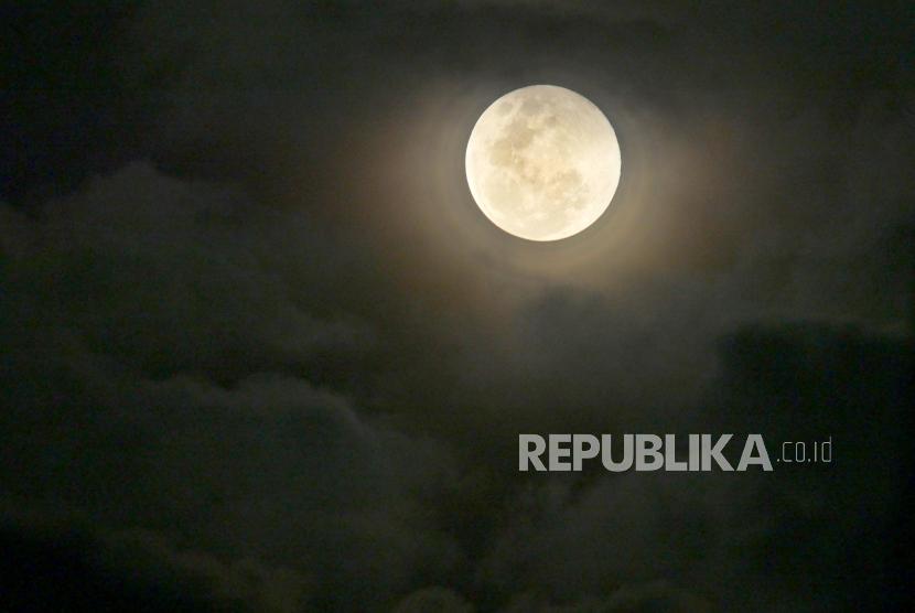 Blue Moon akan Muncul di Akhir Oktober Ini