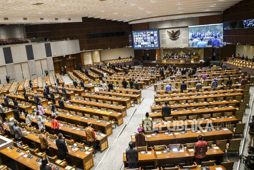 Suasanan Rapat Paripurna Pembukaan Masa Persidangan IV Tahun Sidang 2020-2021 di Kompleks Parlemen, Senayan, Jakarta, Senin (8/3). (ilustrasi)