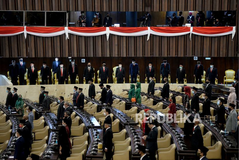 Suasana pembukaan masa persidangan I DPR tahun 2020-2021 di Kompleks Parlemen, Senayan, Jakarta, Jumat (14/8).Prayogi/Republika.