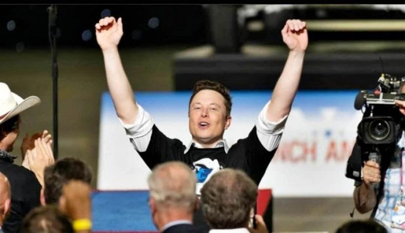 Kejayaan Digenggam Erat Elon Musk, Kekayaannya Tembus Rp4.000 T, Valuasi Tesla Cetak Sejarah Baru! (Foto: Instagram/elonrmuskk)