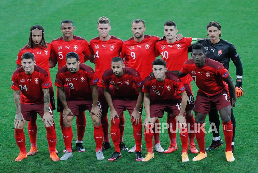 Pemain timnas sepak bola Swiss.