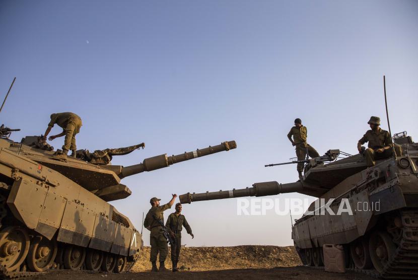Tentara Israel. Iran siap menggunakan bantuan militer AS untuk menyerang fasilitas nuklir Iran.