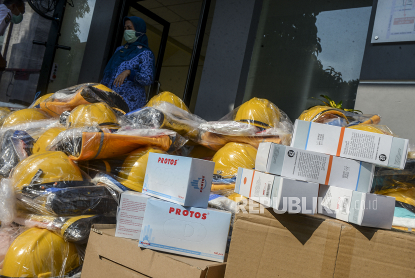 Pemkab Semarang Terima Bantuan 400 Hazmat dari Fatayat NU (ilustrasi).