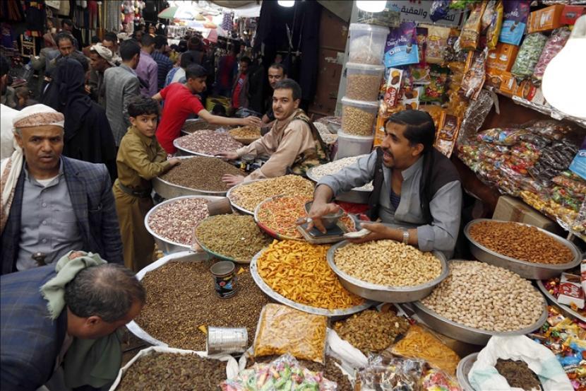 Empat negara menyatakan keprihatinan atas memburuknya situasi ekonomi di Yaman.