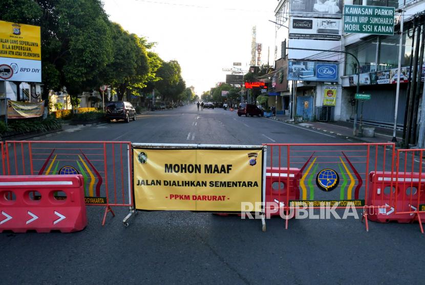 Penutupan Jalan Urip Sumoharjo, Kota Yogyakarta, saat PPKM Darurat beberapa waktu lalu.