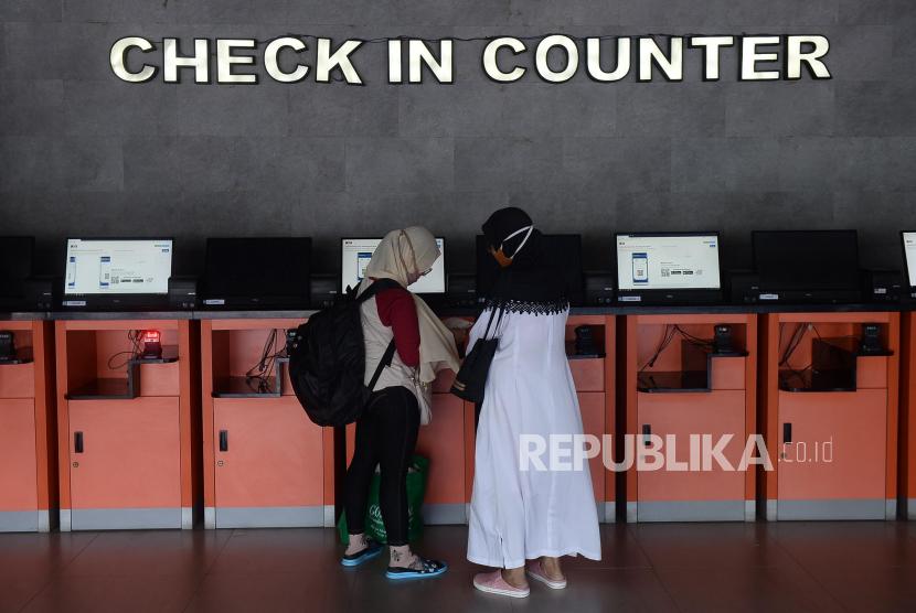 Penumpang Kereta di Cirebon Kini tak Perlu ke Loket Stasiun. Ilustrasi