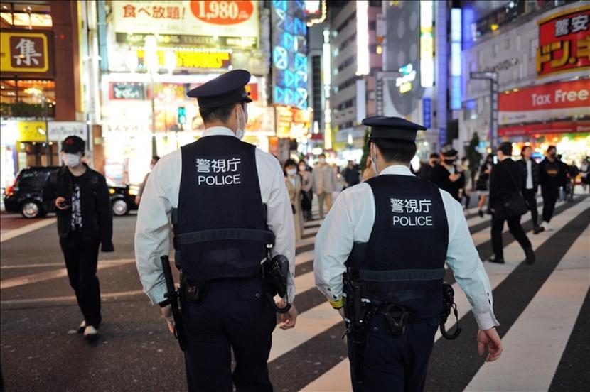 Jepang berencana mencabut sebagian keadaan darurat Covid-19 yang mencakup 19 prefektur akhir bulan ini.