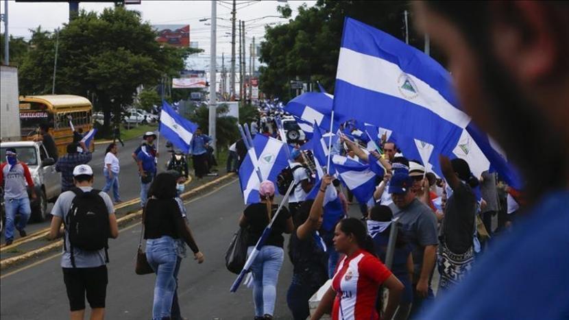 Pihak berwenang Nikaragua menangkap jurnalis dan kandidat presiden Miguel Mora pada Minggu malam - Anadolu Agency