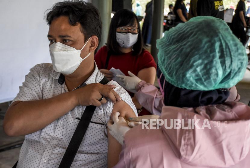 Sulbar Kekurangan Vaksinator