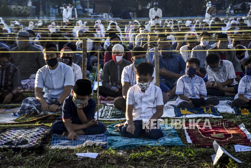 Warga Mojokerto Bisa Sholat Idul Fitri dengan Prokes Ketat (ilustrasi).