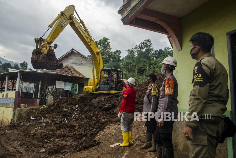 BPBD Sumedang Catat 16 Rumah Rusak Akibat Pergerakan Tanah (ilustrasi).