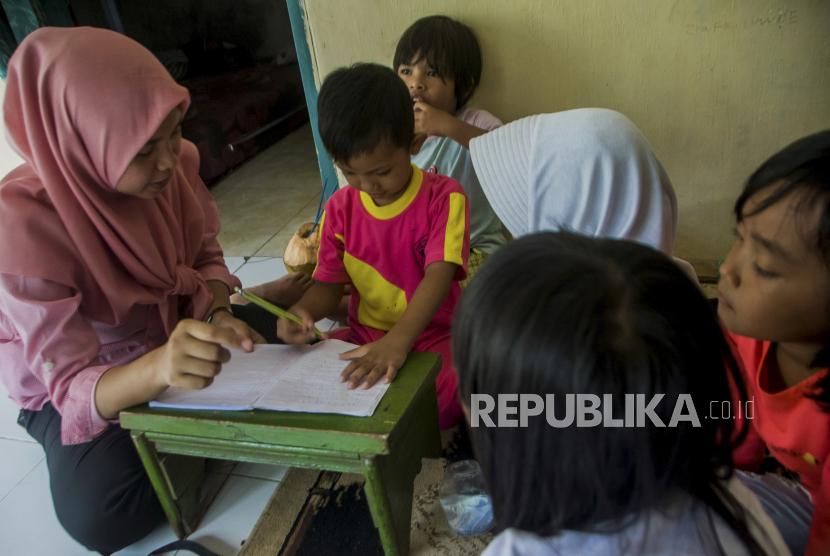 Kemendikbud: Guru PAUD Semakin Kreatif Saat Pandemi