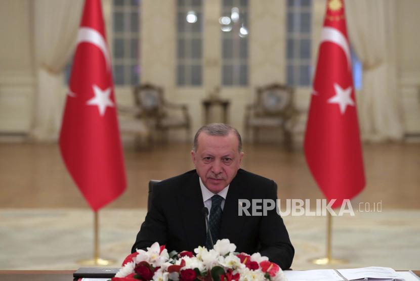 Partai Koalisi Erdogan Telah Susun Konstitusi Baru Turki