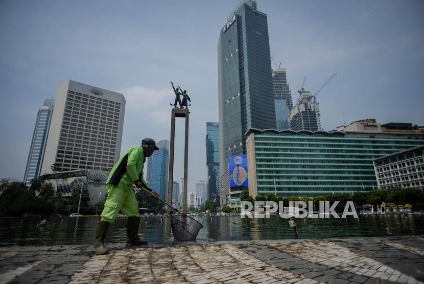Psbb 14 September Bukan Pelarangan Melainkan Pengetatan Republika Online
