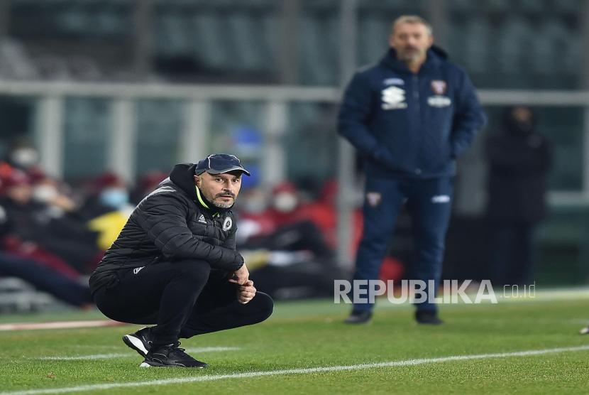 Pelatih Fiorentina, Vincenzo Italiano.
