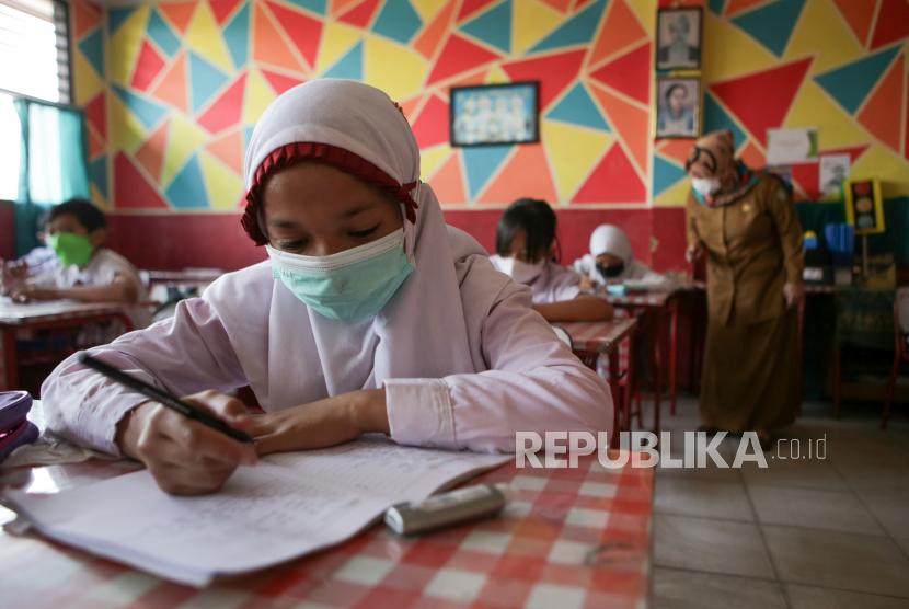 PT Pupuk Kalimantan Timur atau PKT menerima penghargaan Perusahaan Sahabat Anak dari Pemerintah Kota Bontang atas kontribusi perusahaan yang berperan aktif membantu pemerintah menangani persoalan dan pemenuhan hak anak di Kota Bontang.