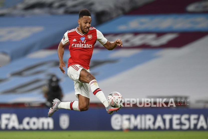 Dua Gol Aubameyang Bawa Arsenal Juara Piala FA