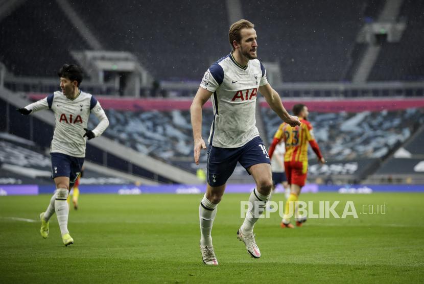 Mourinho: Kane Bakal Pecahkan Banyak Rekor di Spurs
