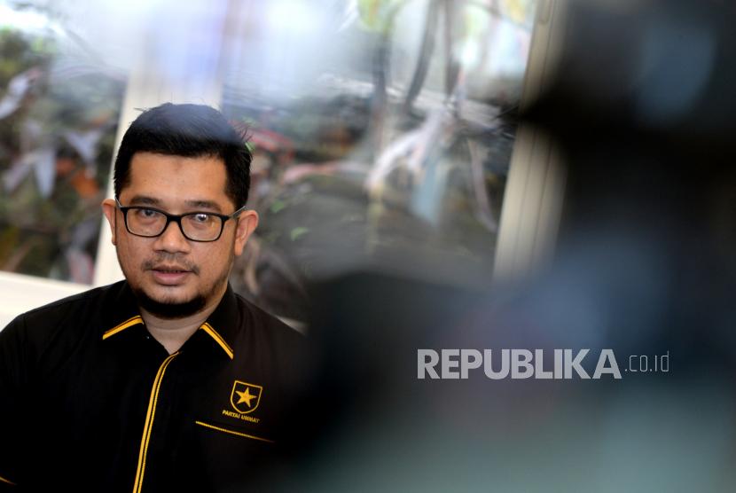 Ketua Umum Partai Ummat Ridho Rahmadi menggelar konferensi pers di Yogyakarta, Kamis (29/4). Konferensi pers ini menjelaskan terkait deklarasi Partai Ummat. Dalam partai ini Amien Rais menjabat sebagai Ketua Dewan Syuro Partai Ummat.