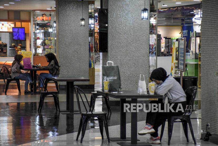 Bisnis Kafe di Malang Mulai Membaik pada Masa PPKM Level 3 (ilustrasi).