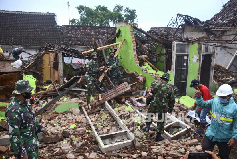 BPBD Malang Catat 29 Kecamatan Terdampak Gempa Bumi (ilustrasi).