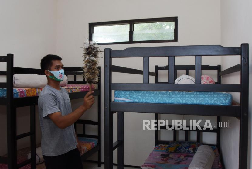 Satgas Pusat Monitor Pelaksanaan PPKM Mikro di Madiun (ilustrasi).