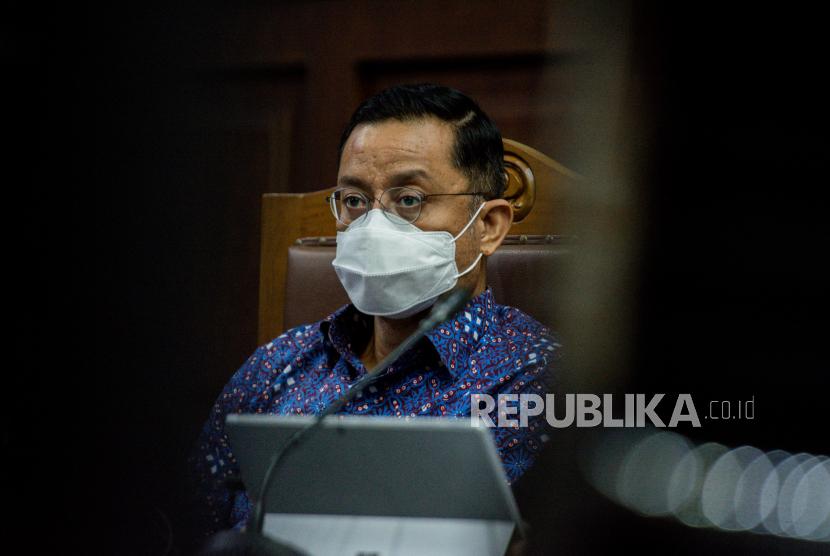 Terdakwa mantan Menteri Sosial Juliari Batubara dituntut 11 tahun penjara.