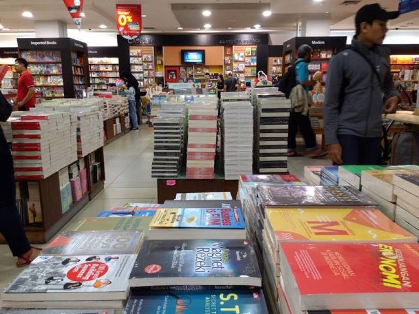 Strategi Toko Buku Pertahankan Penjualan Saat Pandemi