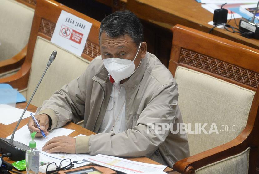 Menteri Energi dan Sumber Daya Mineral (ESDM) Arifin Tasrif mengatakan industri migas tetap memegang peran penting sebagai penggerak perekonomian nasional. (ilustrasi)