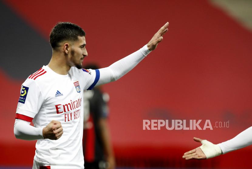 Houssem Aouar dari Olympique Lyon jadi incaran Arsenal