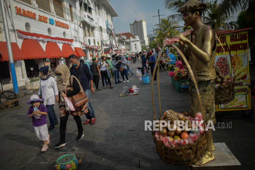 Psbb Jakarta Bawa Indonesia Ke Kepastian Resesi Republika Online