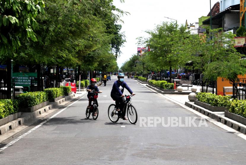 [Ilustrasi] Pesepeda menikmati jalanan di sekitar Malioboro, Yogyakarta.