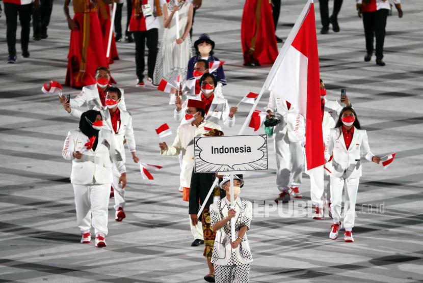 Kontingen Indonesia pada pembukaan Olimpiade Tokyo 2020. Atlet-atlet Indonesia akan bertanding pada empat cabang olahraga pada Sabtu (24/7) ini.