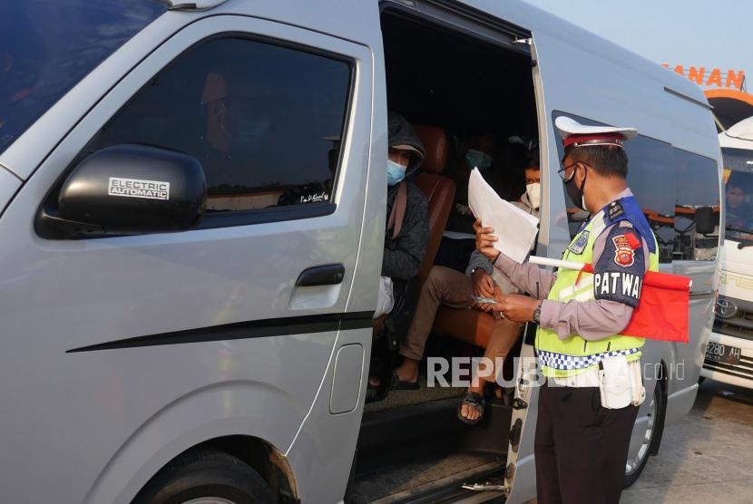 Wawali Surabaya: Penyekatan Mudik untuk Kebaikan Bersama (ilustrasi).