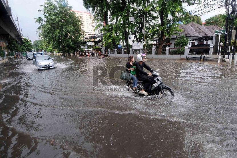 Jakarta Banjir Objek Wisata Bandung Sepi Pengunjung