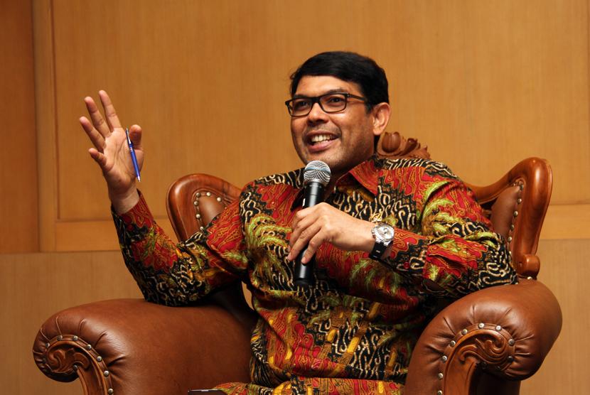 Anggota Fraksi PKS MPR RI, H.M Nasir Djamil, tampil sebagai pembicara pada Dialog Pilar Negara bertemakan Eksekusi Mati Bagi Pengedar Narkoba di Komplek Parlemen, Jakarta, Senin (20/4).  (foto : MgROL_39)
